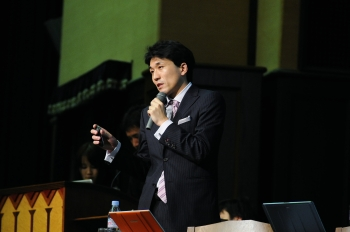 2008wplyasuda04.jpg
